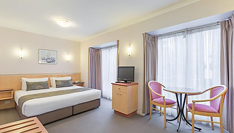 Family Accommodation Glen Waverley