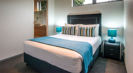 2 Bedroom accommodation Glen Waverley